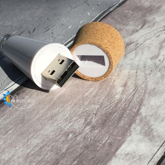 USB rechargeable cork light
