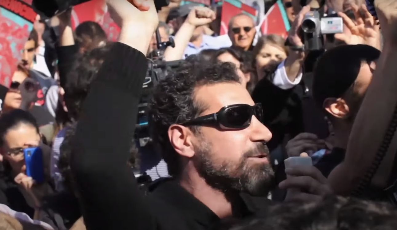 """Truth To Power"": Serj Tankian de System of a Down tendrá su propio documental lleno de música y activismo"