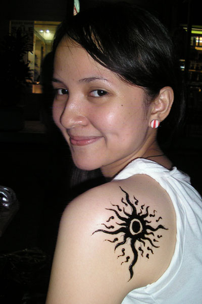 its-only-temporary-tattoo-but-im-gonna-get-one-when-i-get-18-am-i-pretty-or-my-tattoolol.jpg
