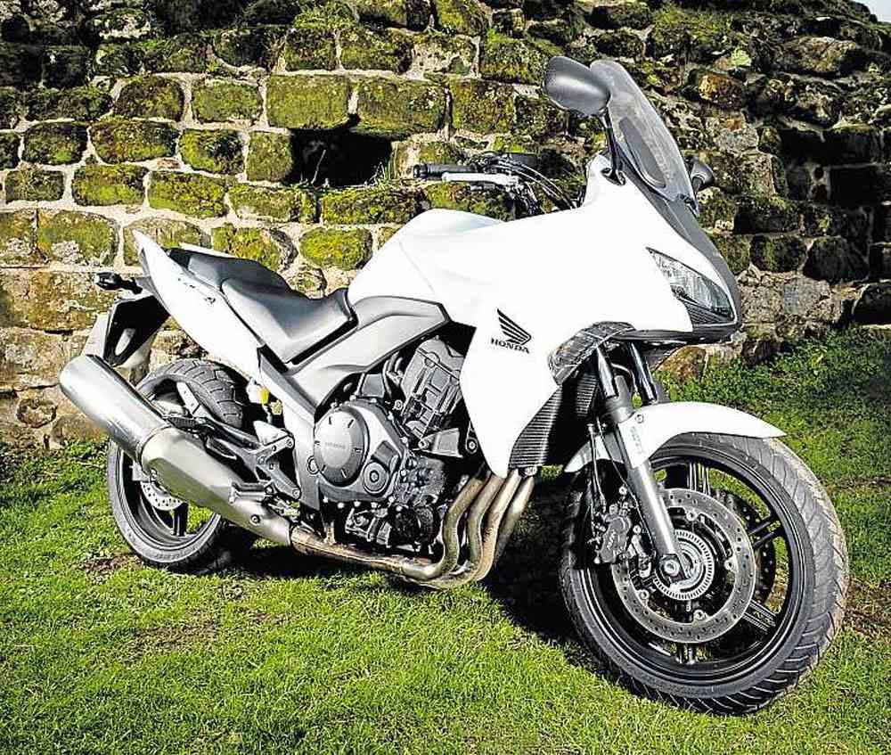 Honda-CBF1000-4