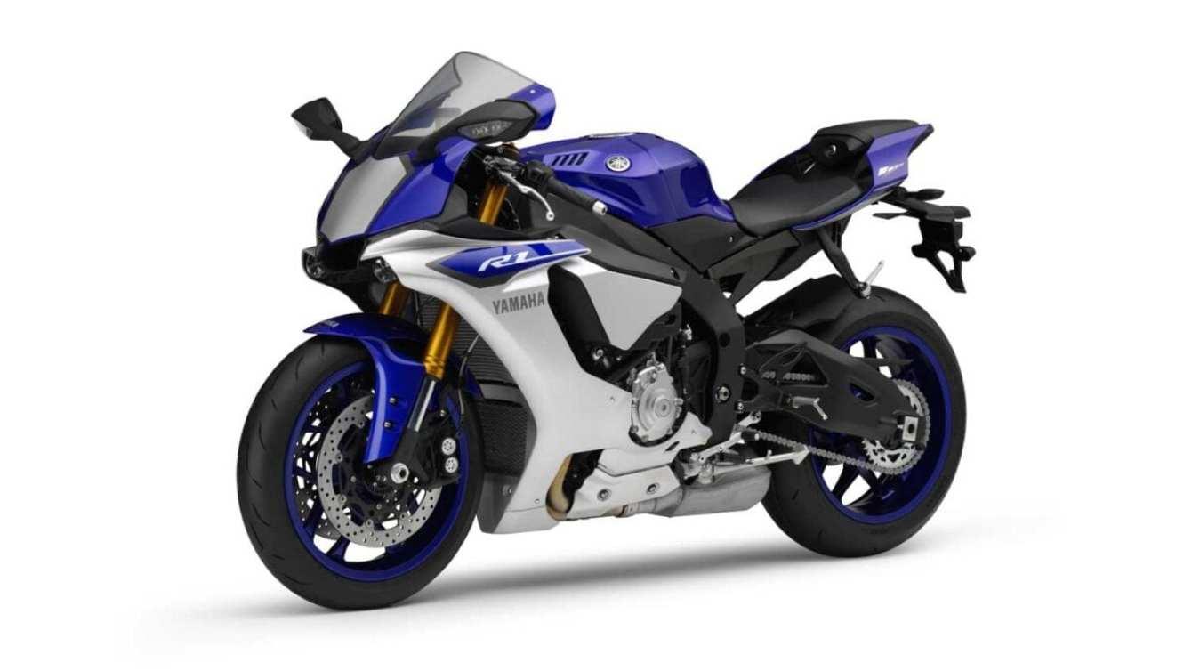 2015-Yamaha-R1-040