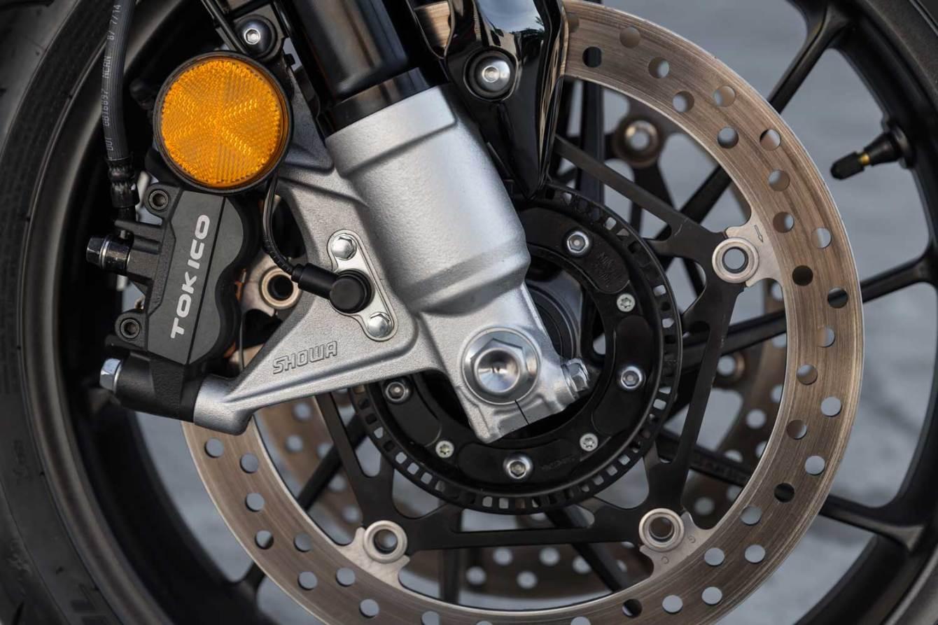 Honda-VFR800X-Crossrunner-008