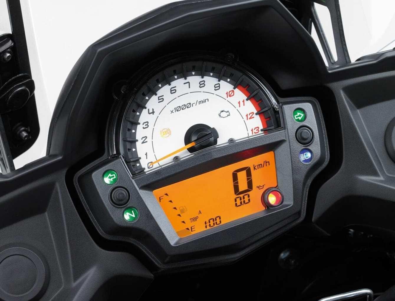 Kawasaki-Versys-650-0019