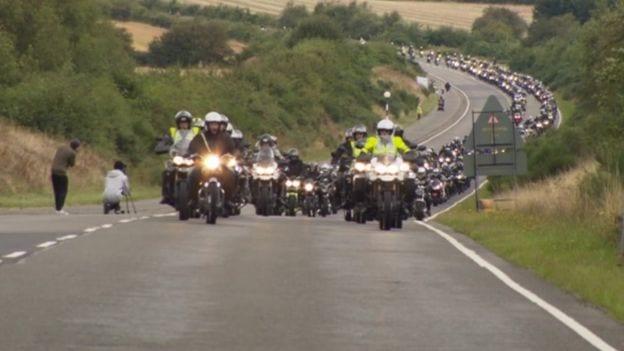 more triumph bikers