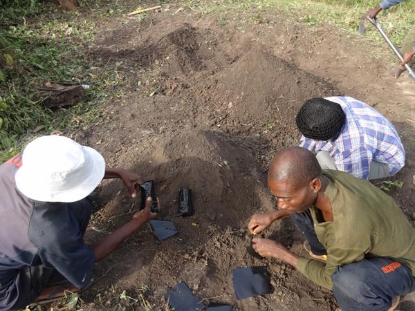 Adeheta Village Families helping with bagging
