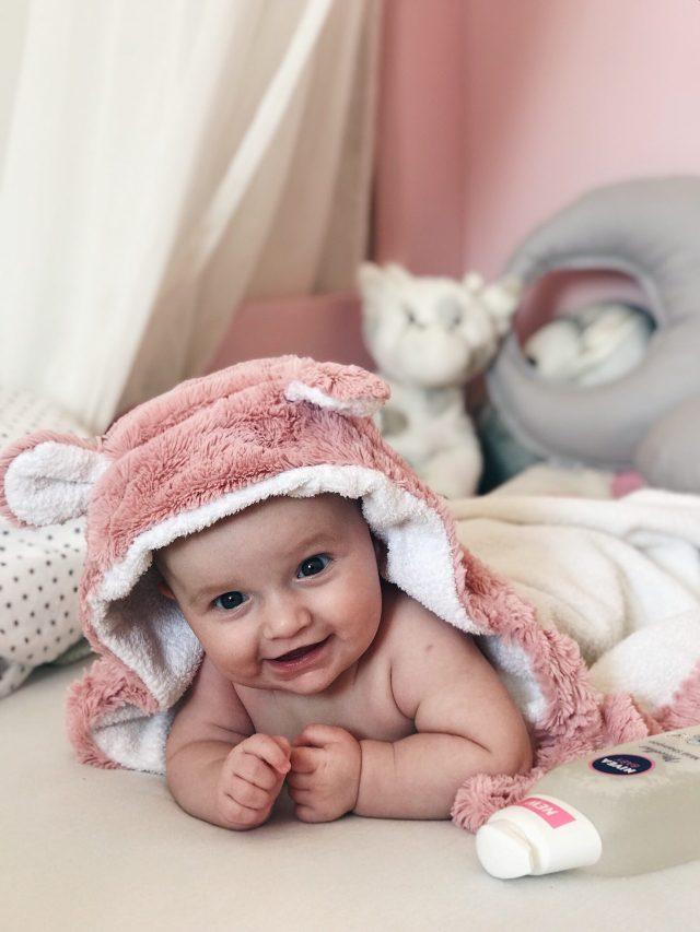 nivea micelarni šampon za kupanje pokraj bebe