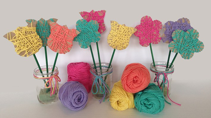 Easy Yarn Flowers