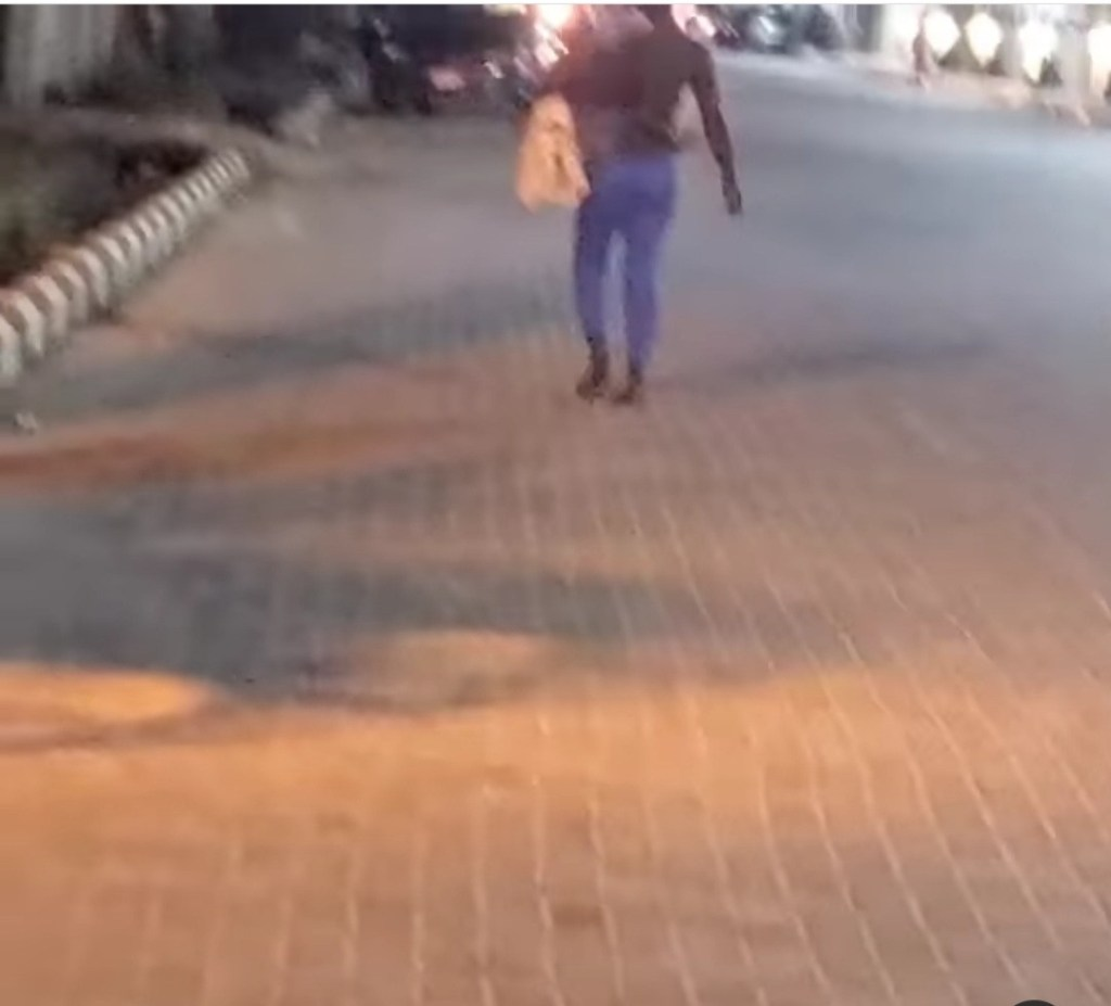 Nigerian OAP, Aunt Landa Exposes A Street Beggar Who Rented A Baby To Beg With