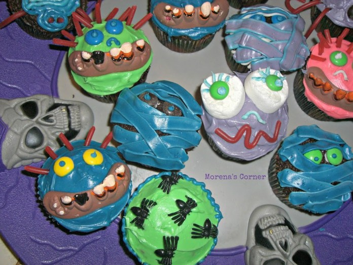 spooky-face-cupcakes