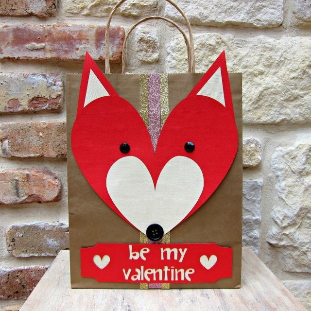Use paper and heart shapes to make animal valentines. Kids will love to give and receive these adorable and easy to make papercrafts.