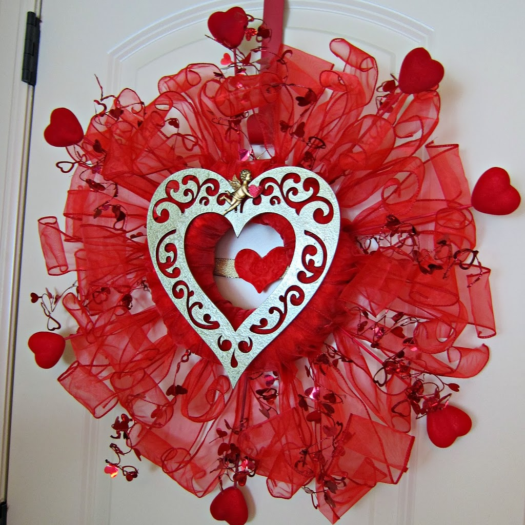 Valentine's Day Wreath Made With Dollar Store Items