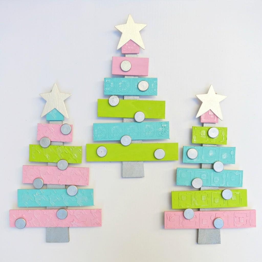 Pallet Christmas Tree Decor DIY