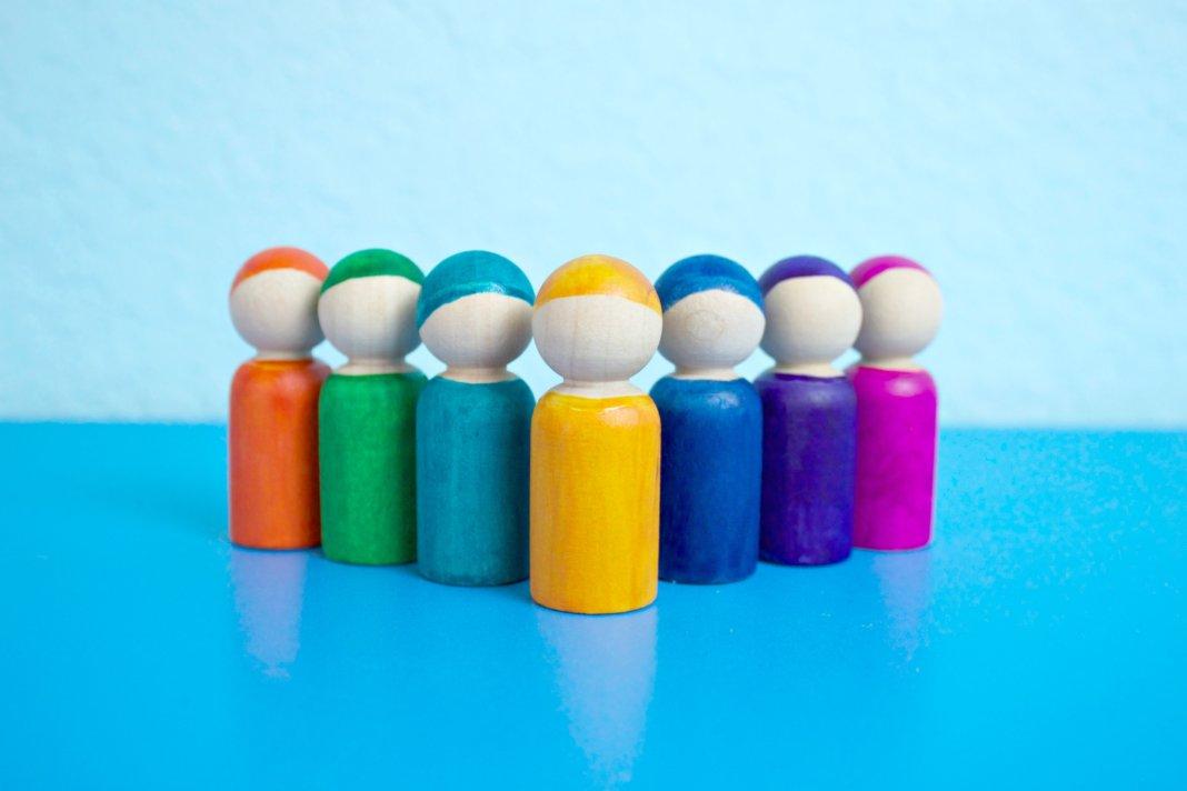 Colorful Peg Doll DIY