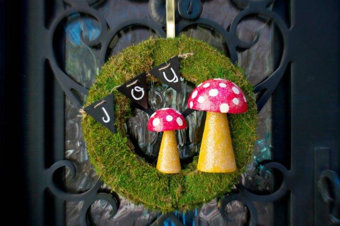 woodlands wreath DIY