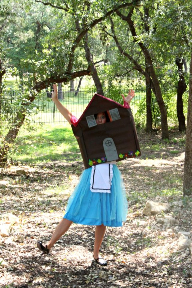 Oh no, Alice stuck in White Rabbit's house in Wonderland!  Make this quick, fun no sew costume to wear this Halloween and get lots of laughs.