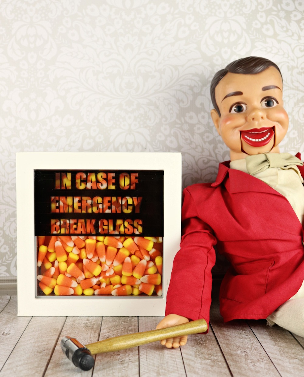 photograph about In Case of Emergency Break Glass Printable named Crack Gl inside Scenario of Unexpected emergency Sweet Decor - Morenas Corner