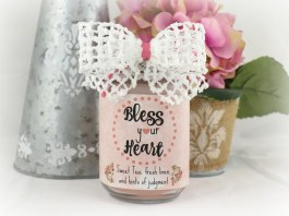 This Bless Your Heart Candle is a fun, sassy, easy to make gift for yourself or for a good friend. Free printable with tutorial.