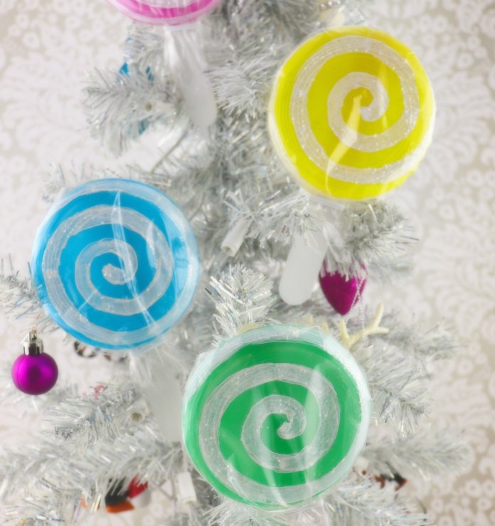 Lollipop ornament DIY