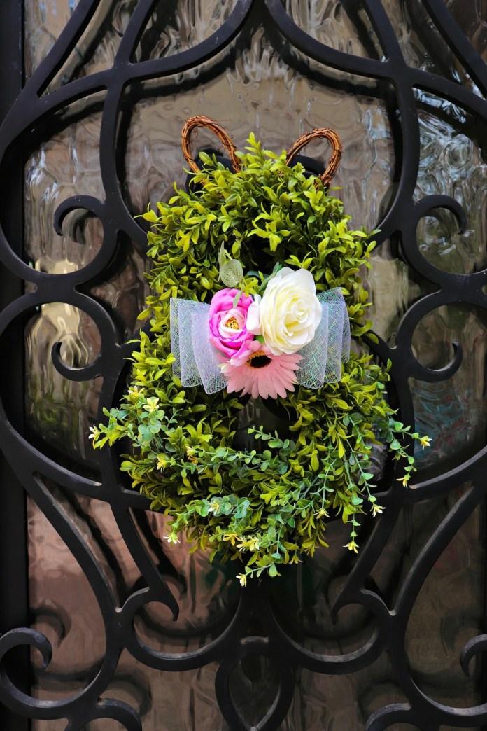 Make an Easter Bunny Wreath