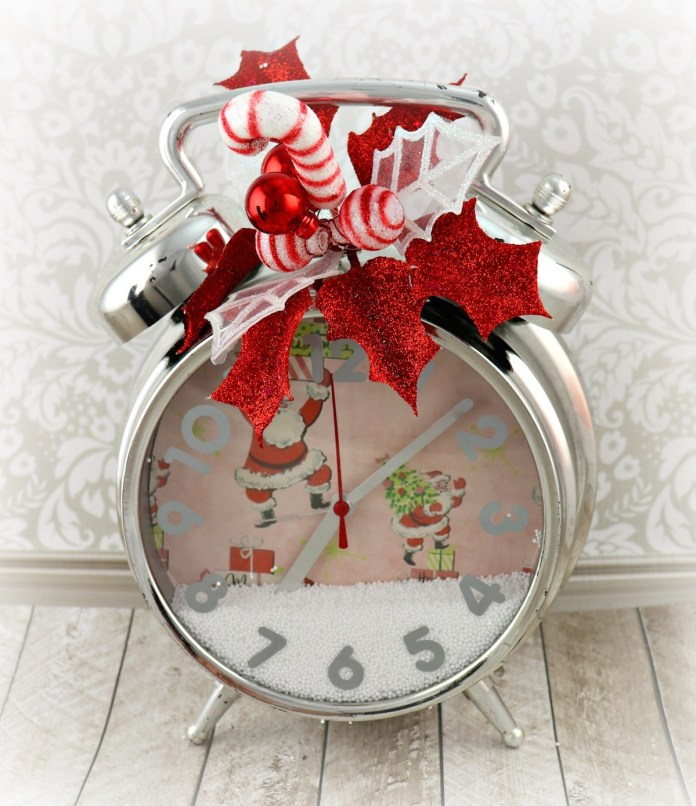 retro clock Christmas decor