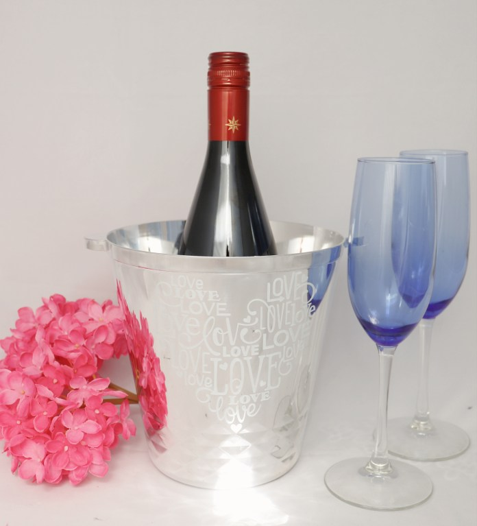 vinyl etched champagne bucket for valentines day