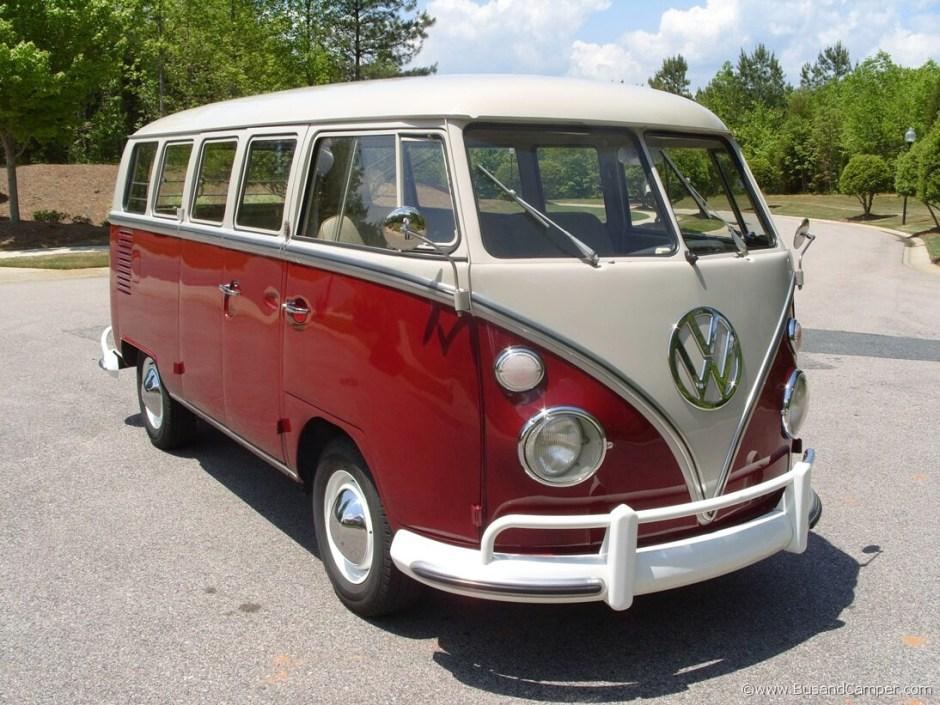 VW_Camper_1967_deluxe_01