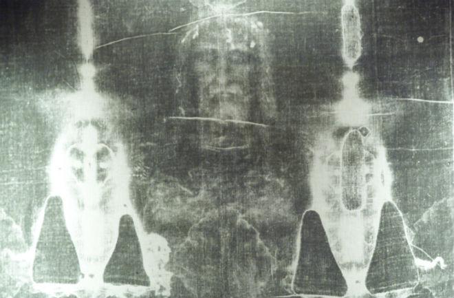jesus-shroud-660