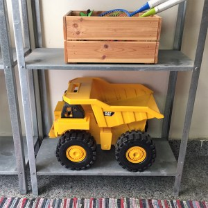 more-organised-outdoor-toys-organising-truck