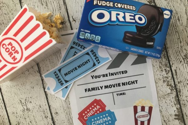 Jazz up family night and create ultimate memories with your family. Check out how to make family movie night more fun with these 6 family movie night ideas and movie night snacks.