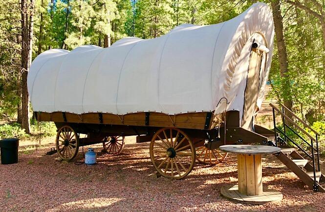 Glamping Utah- staying in a conestoga wagon!