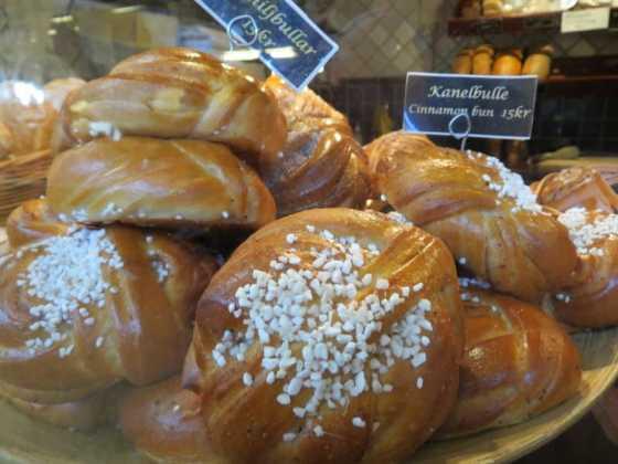 Swedish Cinnamon Buns (kanelbulleI)