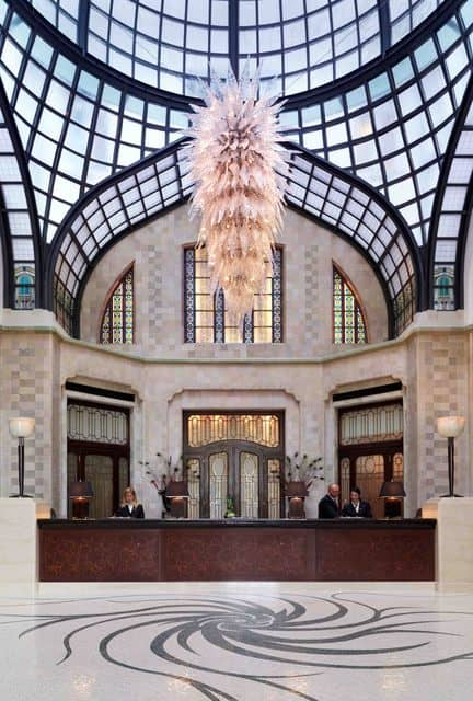 Gresham Palace Lobby (Credit: Four Seasons)