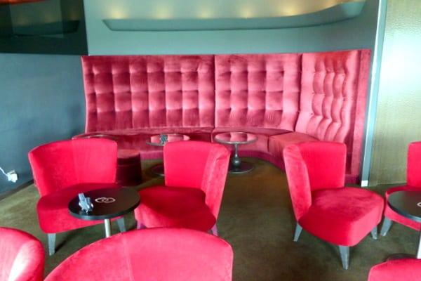 The cozy Melhor Bar
