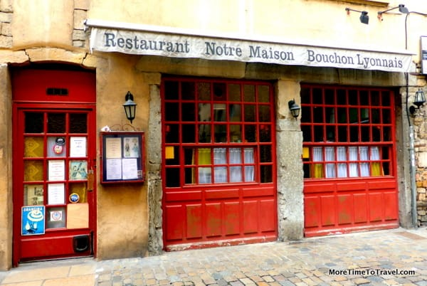 Exterior of another typical Lyonnaise bouchon