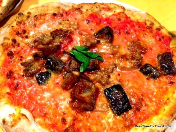 Pizza with eggplant