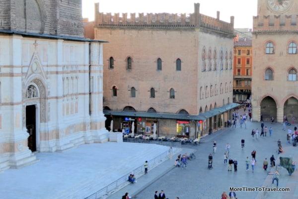 Basilica San Petronio on Piazza Maggiore
