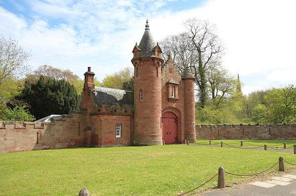The Gatehouse to Ayton Castle in Eyemouth, United Kingdom (Credit: Airbnb)