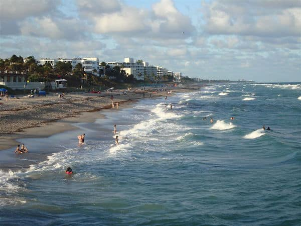 Palm Beach: Great surf and warm water (Credit: John and Sandra Nowlan)