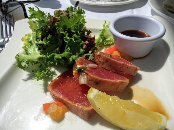 Tuna tataki with coriander and soy sauce at Zoetry Villa Rolandi Isla Mujeres Cancun (Photo credit: Jerome Levine)