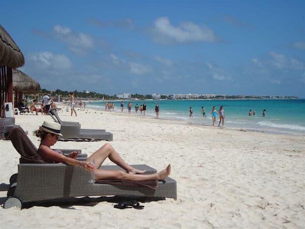The sandy beach at Dreams Riviera Cancun