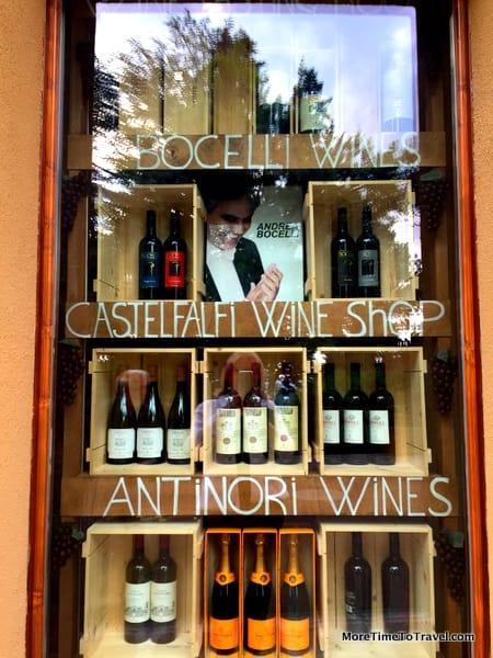 Wine store in the Borgo
