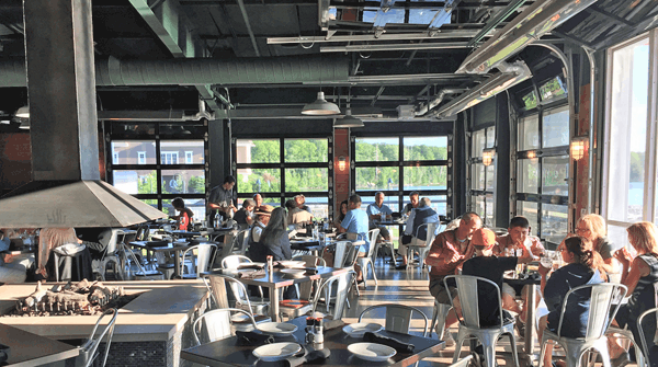 The Barrel Back has huge roll-up windows for hot days. This means lots of light—bring your sunglasses!