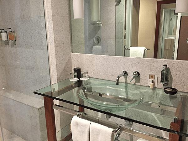 Sleek glass bowl sink