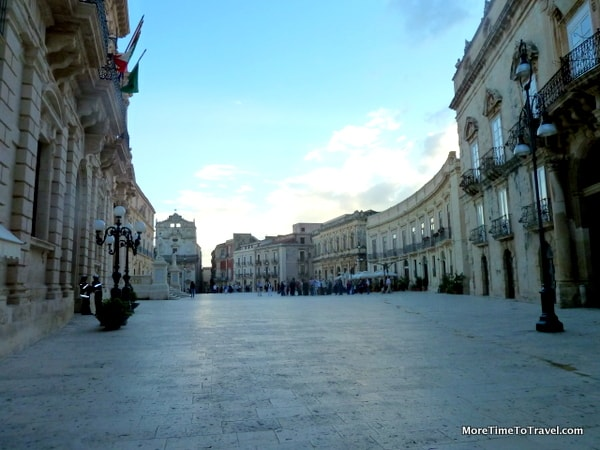 Piazza Archimedes in Siracusa