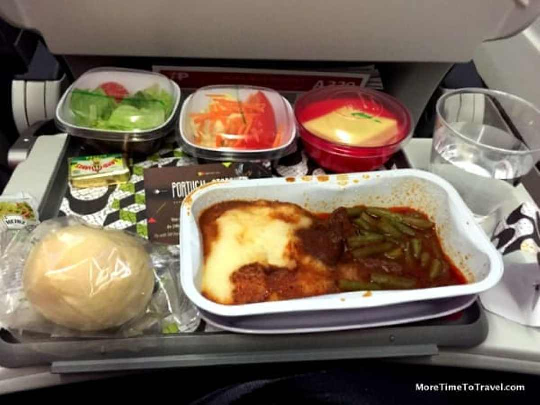 Dinner tray on TAP Portugal Economy class