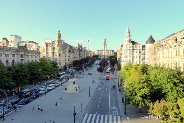View of Avenida dos Aiados