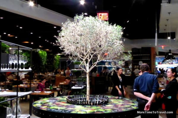 A tree grows in Eataly