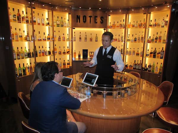 Whisky Tasting at Notes, about the Koningsdam