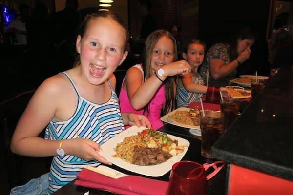 Girls enjoying a Teppanyaki dinner