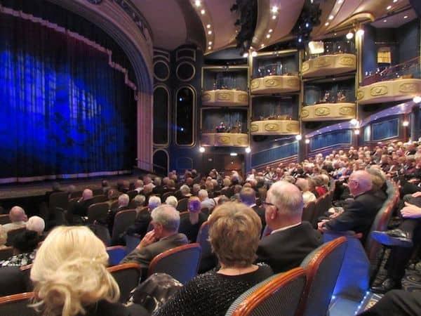 Theatre on the Queen Elizabeth